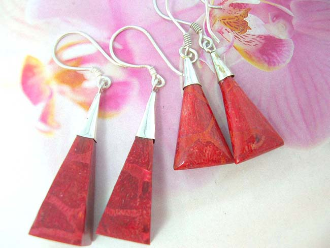 Jewelry manufacturer supplies quality Unique sterling silver fashion earrings with ruby red gemstone in triangular design