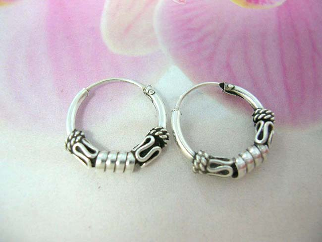Hip hop fashion jewelry supplier, Bali crafted hoop earrings with coil and snake design, made from 925. sterling silver