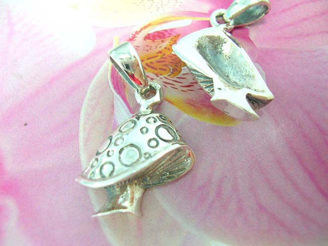 Jewelry gift supply exchange, Alice in Wonderland inspired mushroom deigned sterling silver pendant