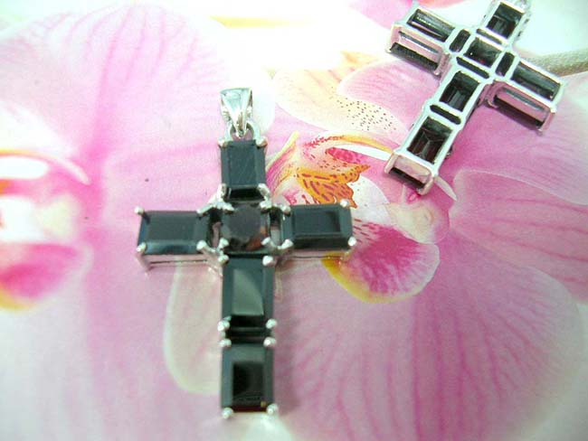 Engagement gift wholesale factory, 925. Sterling silver pendant cross with onyx gemstones