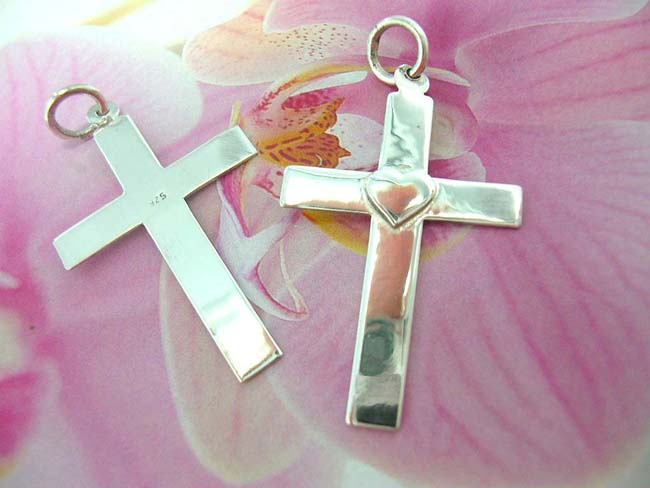 Designer jewelry product supplier, Unique religious cross with heart in center, made from 925. sterling silver