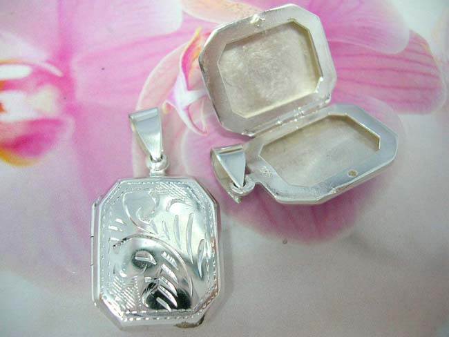 Quality distribution store, Trendy rectangle locket with unique leaf print etched into 925. sterling silver