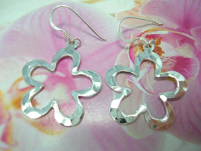 Indonesian export online, Spring fashion 925. sterling silver earring sin cut out daisy design