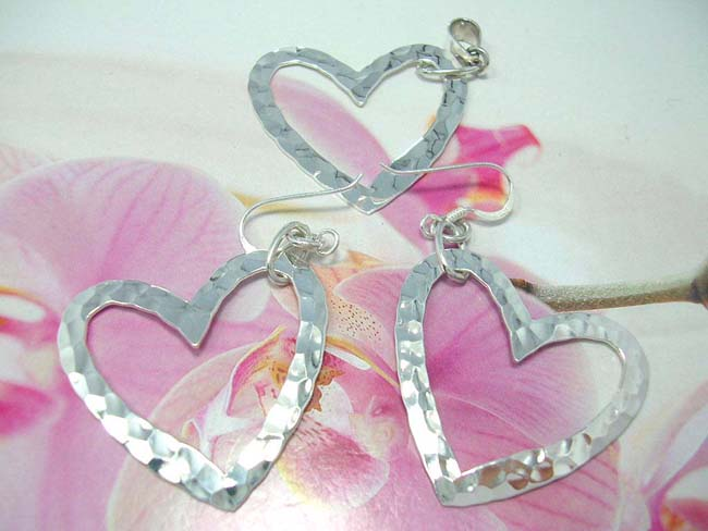 Lovers gift supply store, Valentines jewelry set with 925. sterling silver earrings and pendant in heart design