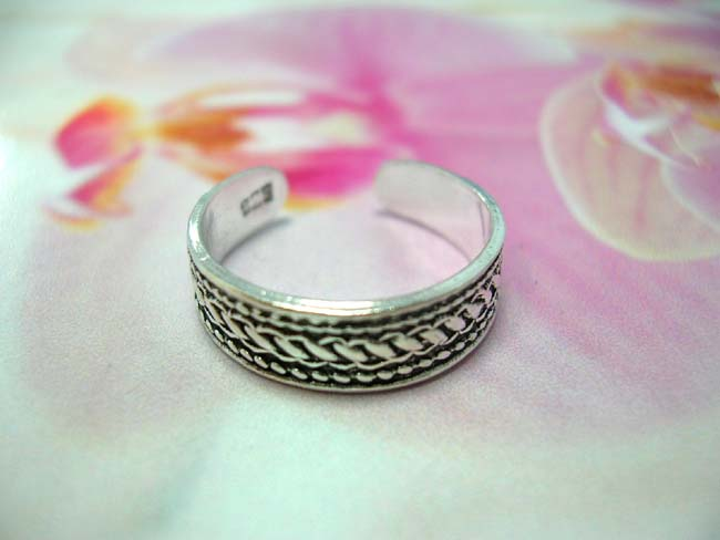 Indonesia artisan gift wear supplies, Flashing toering with braided design made from 925 sterling silver