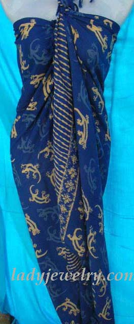 Ladies balinese fashion sarong in dark blue with cream colored gecko theme. Indonesia gift clothing retailer