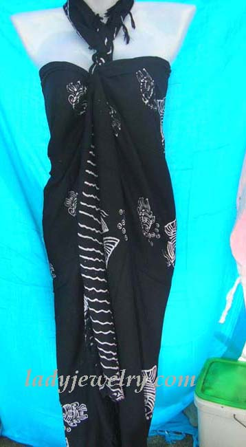 Ladies beach accessory express store. White ocean life designed fashion bali wrap in black